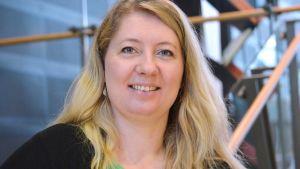 Elvira Törnqvist-Raikaa.