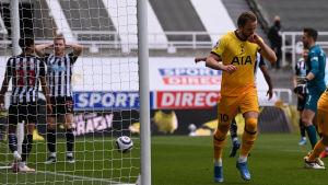 Tottenhams Harry Kane firar 1–1-kvitteringen mot Newcastle.