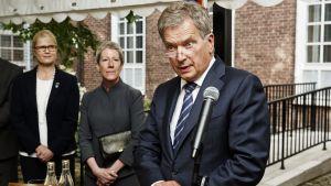 President Niinistö på amerikanska ambassaden i Helsingfors den 21.8.2017.