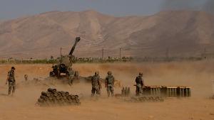 libanesiska soldater inledde en offensiv mot IS