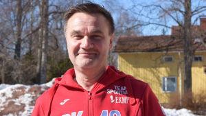 Mats Grönblom är manager för BK-46 fotbollsherrar i division 2.