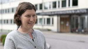 Emmi Sarvikivi som är specialist vid THL.