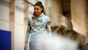 Nooralotta Neziri går i Hipposhallen klar för att börja träna