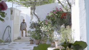 Göran Schildt på Villa kolkis på Leros.