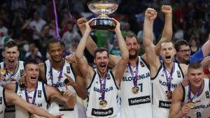 EM-guldlaget Slovenien, basket