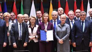 EU undertecknade samarbetsavtal om försvarsfrågor (Pesco)