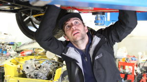 Dennis Häggblom har haft ett intresse för teknik och bilar sedan mopedåldern.