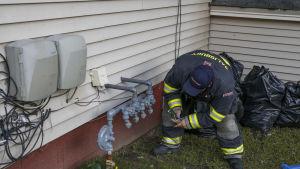 Folk som använder gas uppmanades att lämna sina hem omedelbart