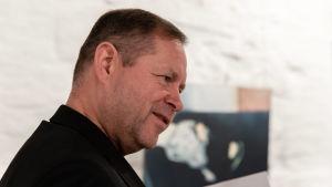 Tommi Laitinen taidegalleria Pihatossa Lappeenrannan vanhassa Pappilassa.