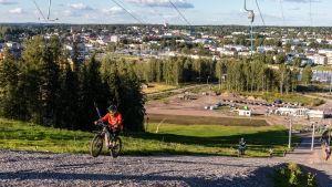 Utsikten över Borgå från toppen av Kokonbacken.