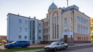 Lovisa gymnasium renoverat
