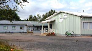 Sipoonjoen koulus elever går i skola i tillfälliga lokaler