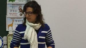 Läraren Marina Attianese i Haga skola i Vasa.