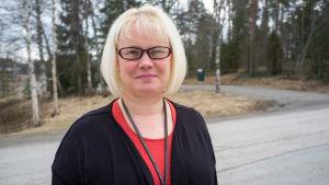 Minna Hakkarainen, Svensk- och tysklärare i Jämsä, Kankarisveden koulu.