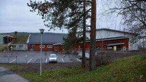 Lampola och Sikala vid civiltjänstcentralen i Lappträsk.