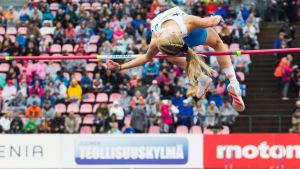 Jessica Kähärä i farten.