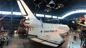 Avaruussukkula esillä Washingtonissa.
