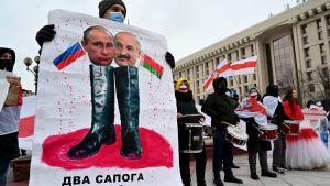 Belarusier i Ukraina samlades 7.2.2021 i Kiev för att demonstrera under en internationell solidaritetsdag för Belarus.