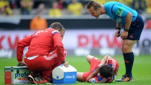 Javi Martinez skadade sig mot Dortmund.