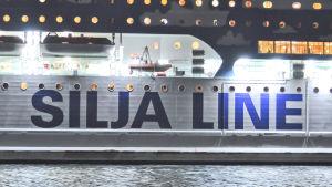 Silja Line-färja i hamn