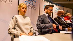 Therese Johaug på presskonferens