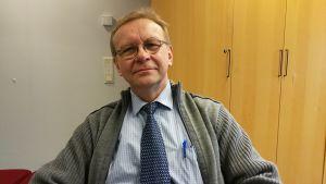 Martti Juntikka, lagman vid Egentliga Finlands tingsrätt.