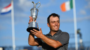 Francesco Molinari med pokalen från The Open.