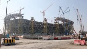 På den här arenan i Qatar spelas VM-finalen den 18 december 2022.
