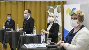 Jussi Halla-aho, Petteri Otrpo, Maria Ohisalo och Anniika Saarikko på Maaseudun Tulevaisuus partiledardebatt