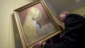 Flicka med blont hår (1916), konstverk målat av Helene Schjerfbeck