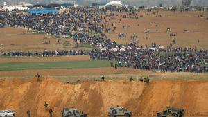 Nahal Oz vid gränsen mot Gaza. Demonstration i Gaza 30.3.2018.