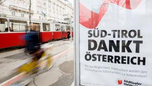 Det sydtyrolska hembygdsförbundet tackar Österrike för att ha satt igång diskussionen om dubbelt medborgarskap.