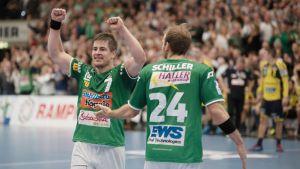 Allan Damgaard från Frisch Auf Göppingen firar ett mål.