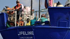 Räddningsfartyget Lifeline efter räddningsoperationen på torsdagen 21.6.2018.