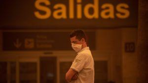 Flygplatsen Reina Sofia under sandstormen på  Teneriffa 23.2.2020