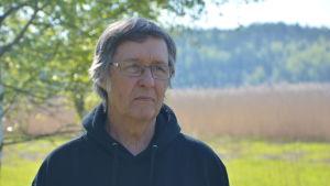 Profilbild på professor Heikki Kallio.