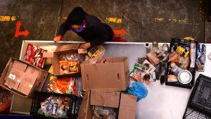 Matutdelning i Mexiko city. Latinamerika är den region i världen där matsäkerheten har lidit mest på grund av pandemin enligt WFP.