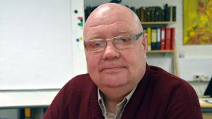Veli-Matti Mettinen, ordförande för byaföreningen i östra Strömfors