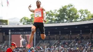 Juan Miguel Echevarria hoppar längd