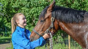 Hästen Obora's Metaxa med Lida Haddas