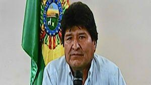 Skärmbild från tv-sändningen där Morales meddelade om sin avgång.