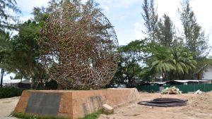 Minnesmärke över tsunamin.