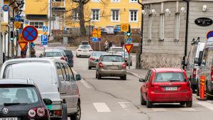 Trafik på gata i Borgå.