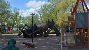 Lejonparken restaureras.