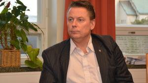 Karl-Erik Gustafsson är bildningschef i Hangö.