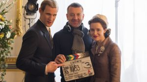 Matt Smith, Peter Morgan och Claire Foy i Netflix-serien The Crown.