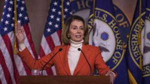 Nancy Pelosi blev år 2007 år den första kvinnliga talmannen i den amerikanska kongressen