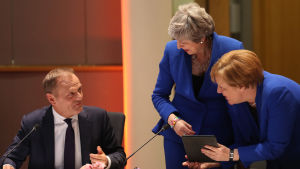 Donald Tusk, Theresa May och Angela Merkel