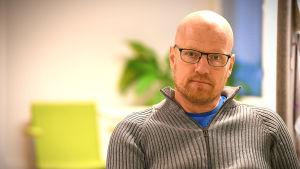 Janne Typpi är socialterapeut på Spelkliniken.