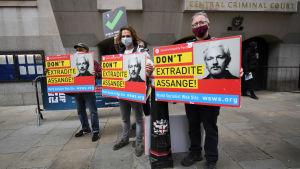 Demonstration för Julian Assange i London 7.9.2.2020.